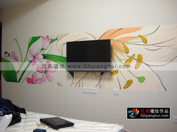 花卉手绘电视背景墙