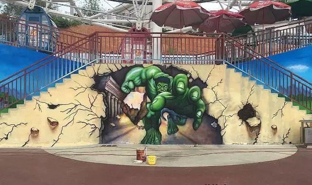冲出墙面的绿巨人南京3D立体画