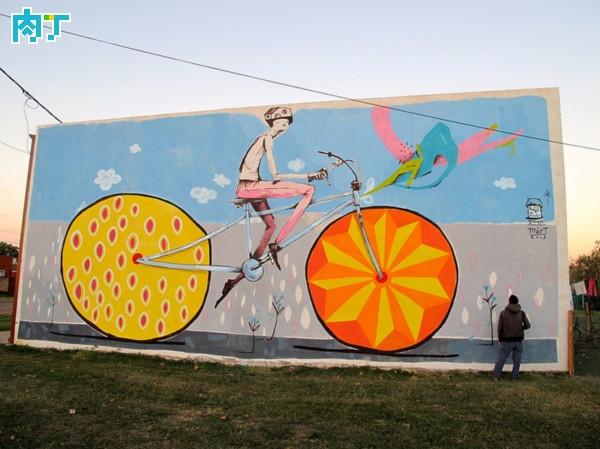 Mart的创意自行车手绘街头涂鸦作品欣赏